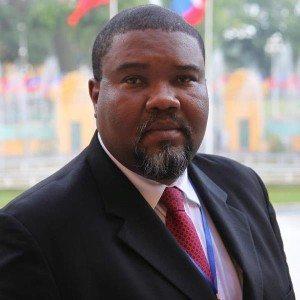 Frantz Duval, Rédacteur en Chef; Editorialiste