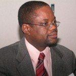 Professeur Watson Denis, Directeur Exécutif du Centre Challenges.